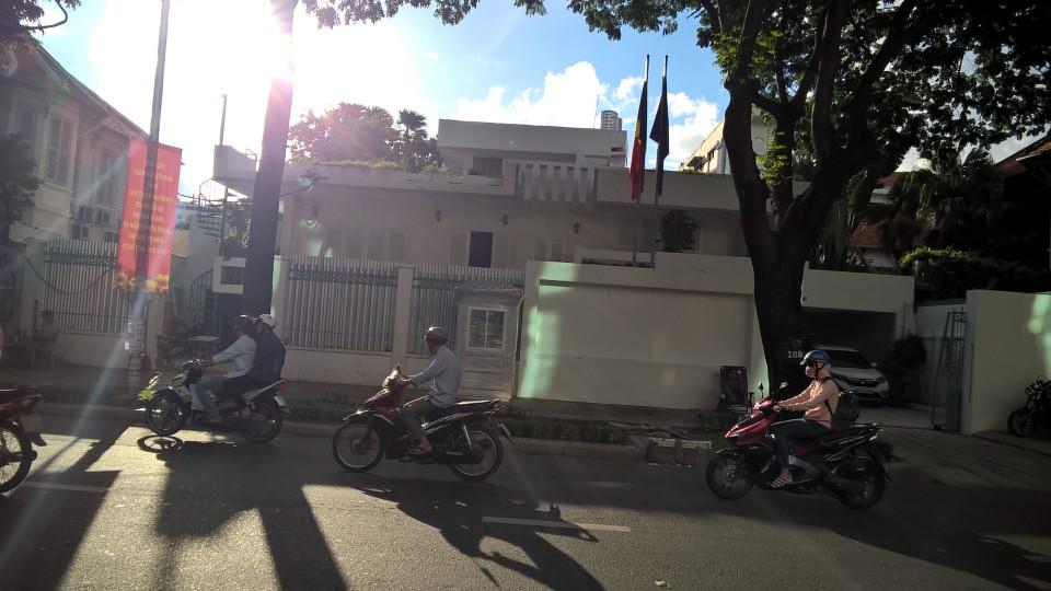 Chốt gác HANDY trên đường phố Sài Gòn