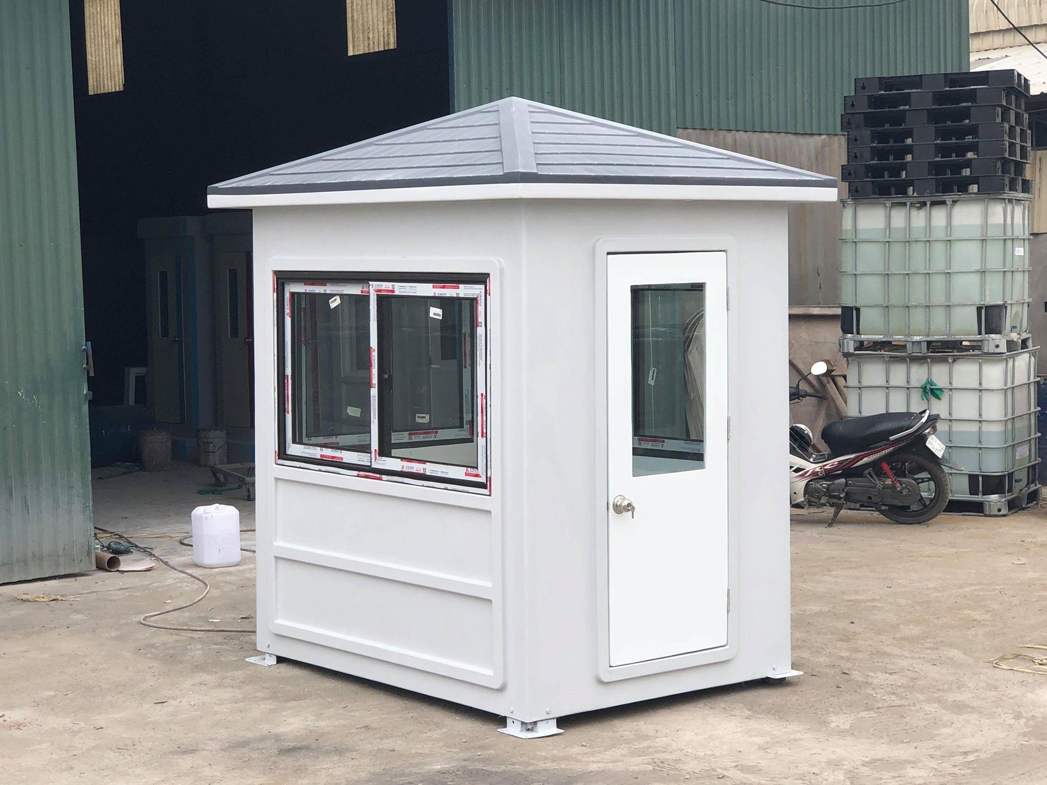 Cabin bảo vệ mái nhọn Handy trước khi xuất xưởng