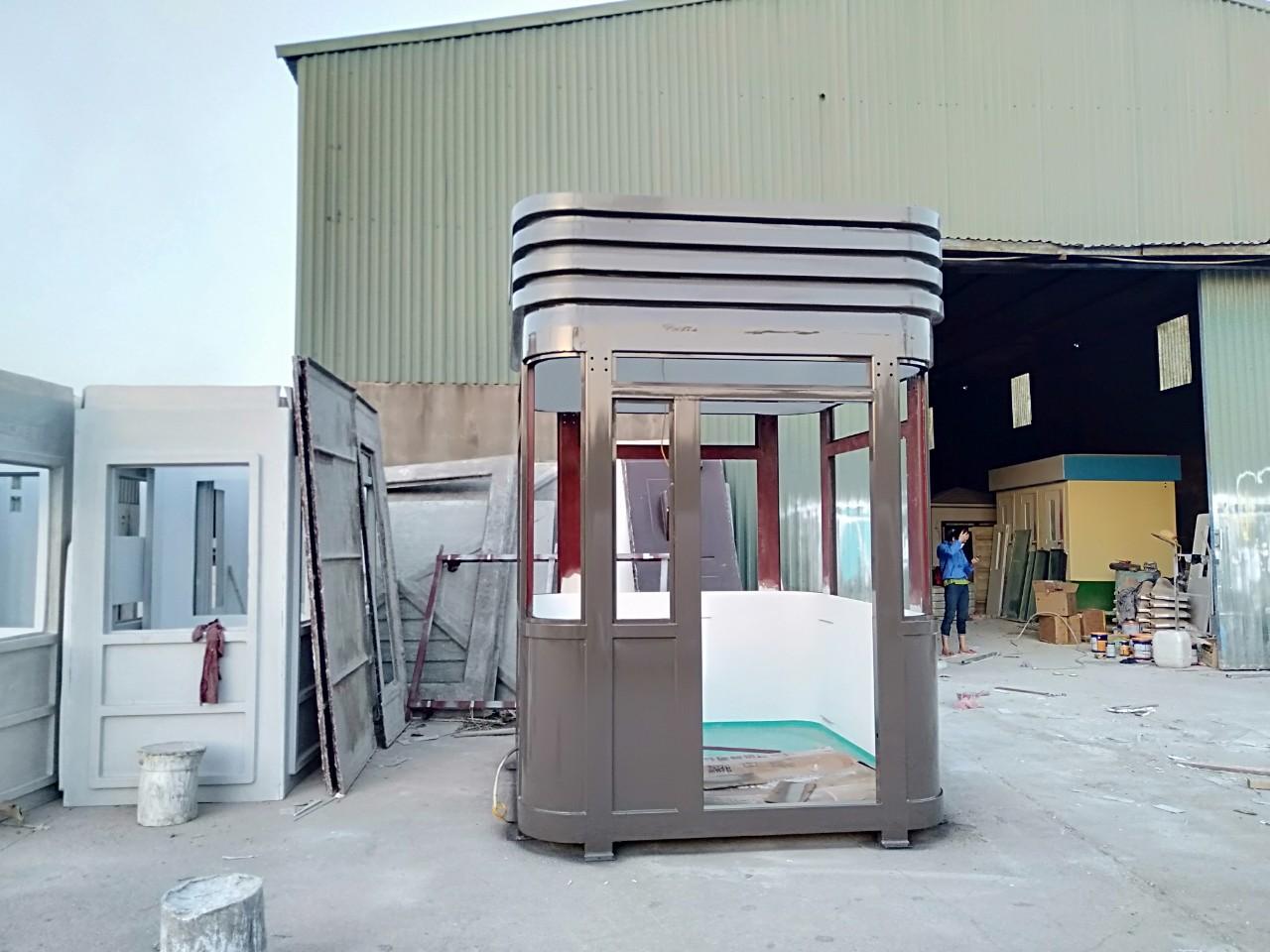 Nhà bảo vệ khung thép, nội thất composite